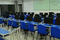 Junior-High-School-Computer-Laboratory2