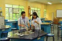 Junior-High-School-Science-Laboratory