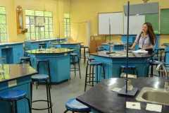 Junior-High-School-Science-Laboratory3